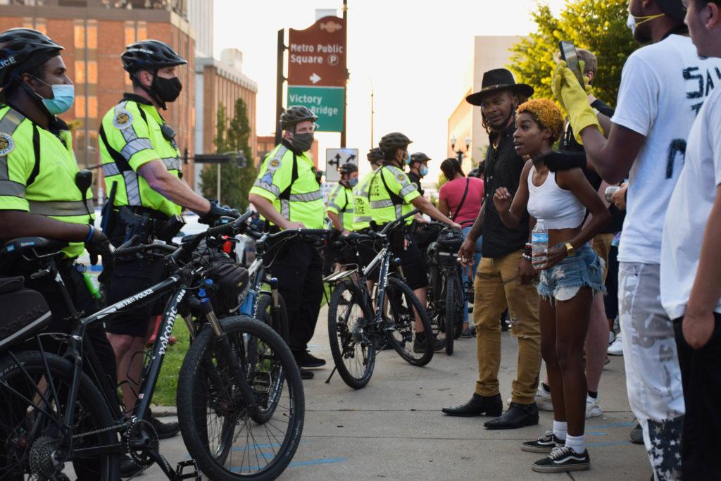 Nashville police standoff